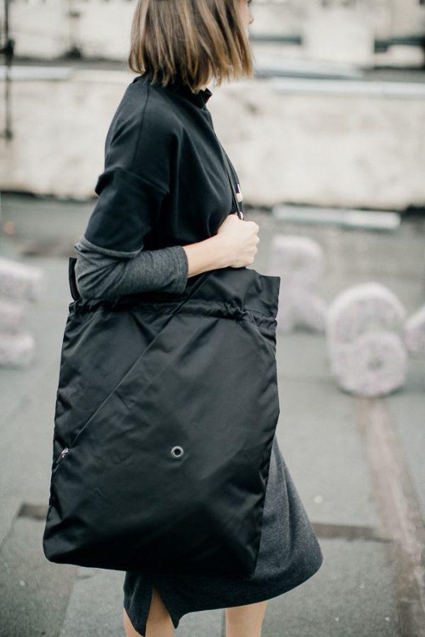 Czarna miejska torba damska. Torba na ramię.
