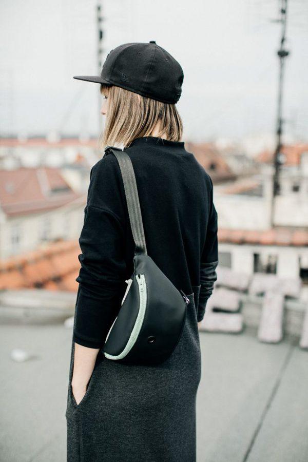 nerka Z MIĘTĄ NzM. Elegancka stylowa duża czarna nerka z miętowym zamkiem. Wykonana ręcznie z dbałością o szczegóły. Miejski handmade.