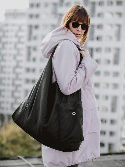 Torba damska GNIECIUCH. Duża czarna stylowa damska torba. Wykonana ręcznie z dbałością o szczegóły przez polską krawcową. Handmade.