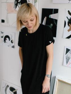 sukienka AMARELO -- Wygodna damska czarna sukienka, wykonana ręcznie w stylu Basic z czarnej dzianiny. Metr64 i Pulpa. Polski Handmade