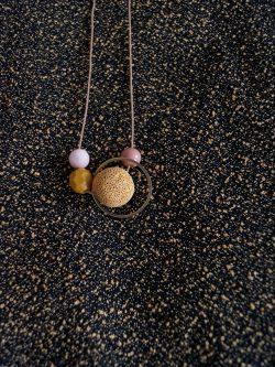 naszyjnik MIÓD - ręcznie robiony kolorowy naszyjnik z lawą wulkaniczną, biżuteria handmade
