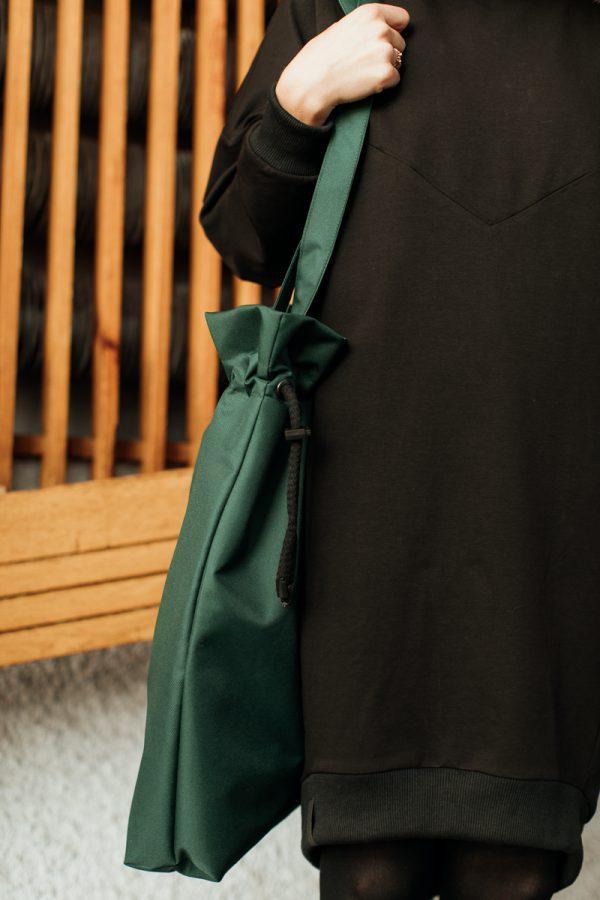 Torba ZIELONKA mniejsza. Zgrabna mała stylowa damska torba miejska w kolorze butelkowej zieleni. Uszyta ręcznie z dbałością o szczegóły. Polski handmade.