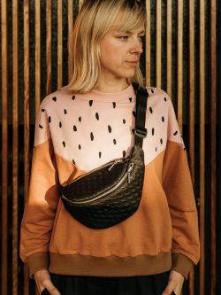 nerka 3D średnia. Damska lub męska, handmade, pasek z karabinkiem do kluczy, wyjątkowy trójwymiarowy wzór materiału, Srebrny zamek.