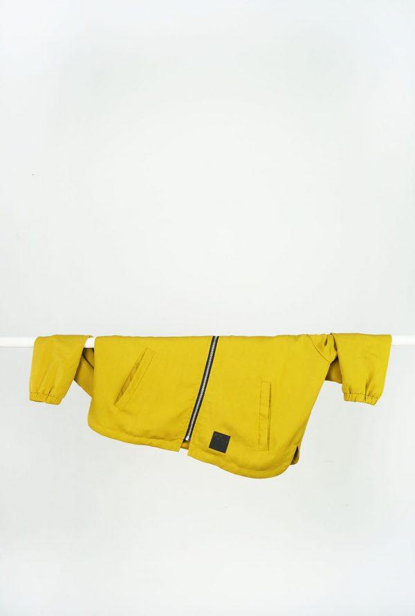 Kurtka MIÓD - Damska kurtka bomberka ATRAMENTw klasycznej formie, w kolorze ciemnego, atramentowego granatu. Kurtka szyta ręcznie. Wodoodporny, poliester + bawełna