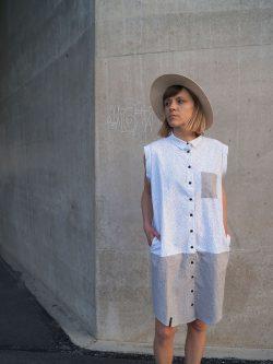 tunika bez rękawów KAMYK - Damska. Ręcznie wykonana w 100% z naturalnych materiałów z dbałością o szczegóły, w kolorach białym i szarym.