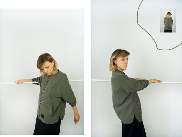 kurtka MECH - Damska kurtka wiosenno- letnia, w klasycznej formie, w kolorze zieleni khaki. Kurtka szyta ręcznie. Zaprojektowana w Polsce. Modal.