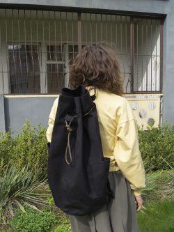 worek NIE BIAŁY. Duży damski lub męski plecak/worek wykonany ręcznie. Gruby Len. Worek w stylu marynarskim. Kolor czarny.